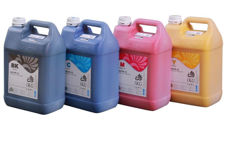 Solvent ink for industrial printers